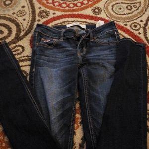 Hollister skinny Jean's size 24